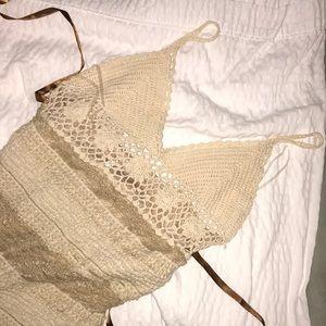 Spaghetti strapped ruffled knit dress
